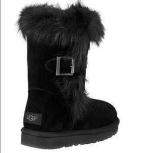 ff230b3548a 🆕Ugg Australia classic W Deena black mid boot NWT
